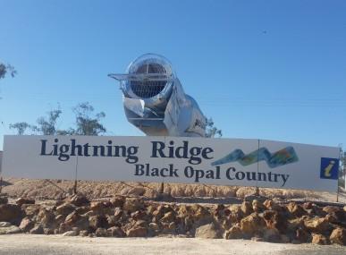 Welcome to Lightning Ridge