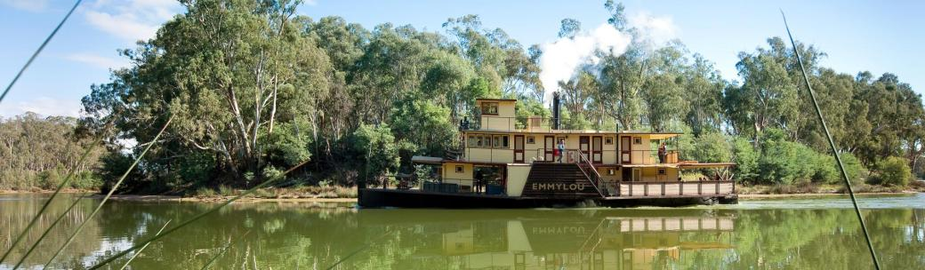 Emmylou Paddle Steamer - The Murray
