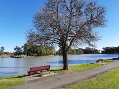 Jerilderie Lake - Luke Park